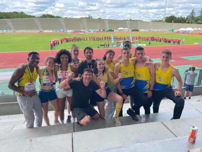 Des jaunes et bleus étincelants à Bondoufle aux championnats de France.